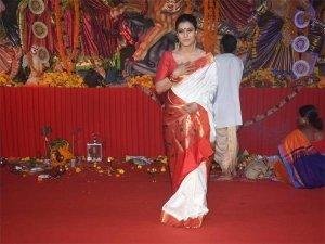 Kajol Sari Traditional Bengali Look Durga Puja Photoshoot