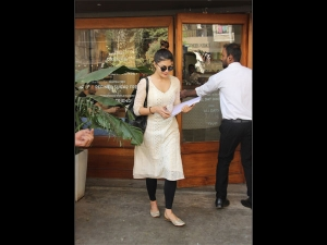 Jacqueline Fernandez Casual Look Spotted Outside Sequel Mumb