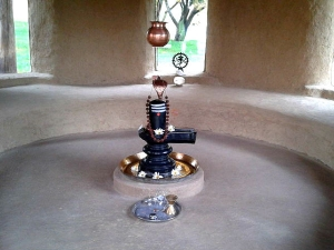 What Are The Rules Of Keeping A Shiva Linga At Home