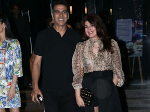 Twinkle Khanna Retro Outfit Spotted With Akshay Kumar