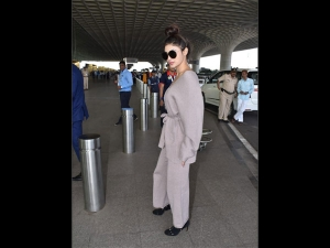 Mouni Roy S Stylish Comfy Airport Look