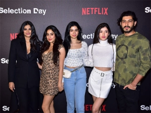 Kapoor Sisters Classy Outfits At Netflix Screening Event