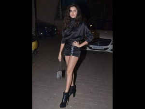 Tara Sutaria A Bold Black Dress At Punit Malhotra S Birthday