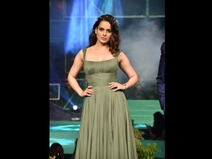 Kangana Ranaut A Showstopper Green Gown The Liva Fashion Show