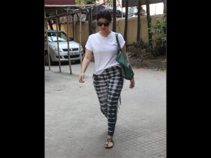 Twinkle Khanna Spotted A Gym Outfit