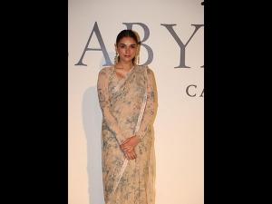 Aditi Rao Hydari In A Vintage Sari For The 20 Years Celebration