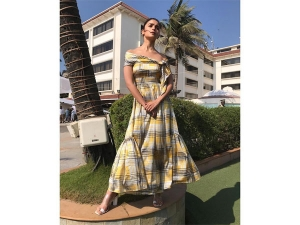 Alia Bhatt In A Checkered Le Mill Dress For Kalank Promotion
