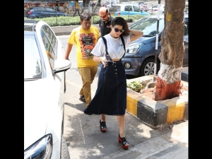 Jacqueline Fernandez Spotted In An Old School Outfit