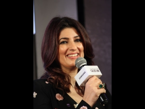 Twinkle Khanna In A Printed Dress For The Samsung Event