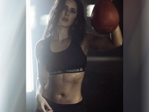How To Get Abs Like Katrina Kaif