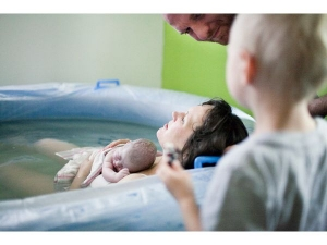Water Birth Benefits And Risks