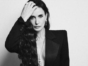 Demi Moore S Nighttime Skin Care Routine For Sensitive Skin