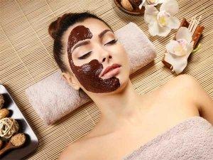 Dark Chocolate Face Masks To Pamper Your Skin
