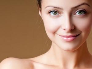 Fabulous Ways To Tweak Your Skincare Routine For Autumn