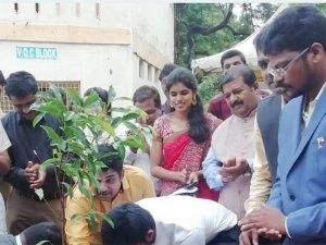Plantforkalam Trends On Twitter As Netizens Remembers Apj Abdul Kalam Birthday