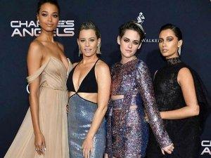 Kristen Stewart Naomi Scott And Other Divas At Charlie S Angels Premiere