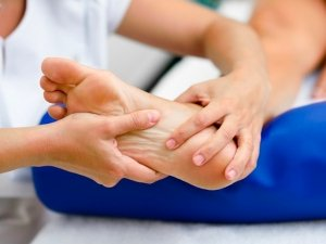 Diabetic Neuropathy Types Causes Symptoms Risks Treatment