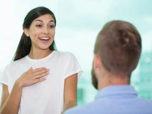 Ways To Start Conversation With A Stranger