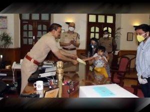 3 Year Old Mumbai Boy Donates Rs 50k To Mumbai Police To Fight Against Coronavirus