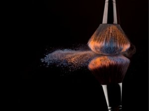 Why It Is So Important To Clean Your Make Up Brush