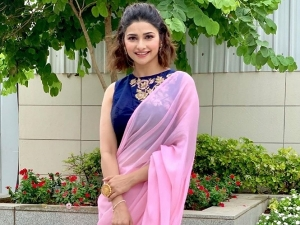 Ek Villain Actress Prachi Desai S Beautiful Ethnic Looks On Her Birthday