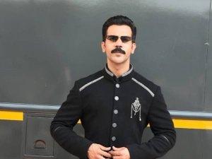Badhaai Do Actor Rajkummar Rao Spotted At Film City In An All Black Stylish Attire