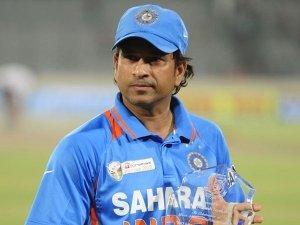 Happy Birthday Sachin Tendulkar Interesting Facts About Master Blaster