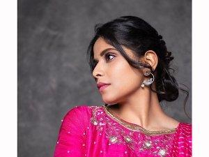 Love Sonia Actress Sai Tamhankar In A Pink Leheriya Saree