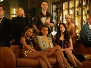 Fashion In Gossip Girl Reboot Teaser Dropped By Hbo Max On Youtube