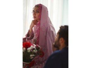 Raees Actress Mahira Khan Has Eid Fashion Goals For Us