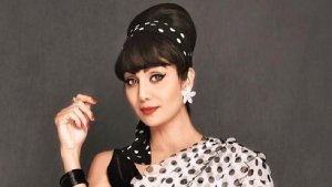 Hungama 2 Actress Shilpa Shetty S Retro Look In Bouffant Hairdo And Winged Eyeliner