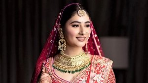 Disha Parmar S Soft And Glowing Bridal Makeup On Her Wedding Day