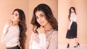 Exclusive Jalebi Actress Digangana Suryavanshi Shows Off Flawless Skin In Minimal Makeup