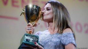 Venice Film Festival 2021 Penelope Cruz Wins Best Actress Audrey Diwan The Happening Wins Golden