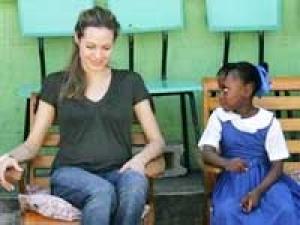Angelina Jolie Haiti Earthquake