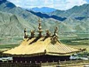Tibetan Festival Begins Dharamshala