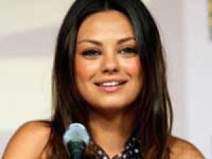 Mila Kunis Macualay Culkin Break Up