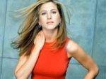 Jennifer Aniston The Bachelor 190111 Aid