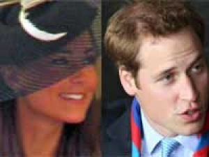 Prince William Kate Middleton Royalty 170111 Aid
