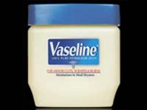 Benefits Uses Vaseline Beauty Product 040511 Aid