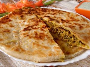 Capsicum Cheese Stuffed Parantha Recipe