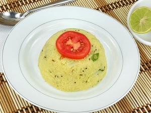 Easy Oats Pongal Breakfast Recipe