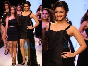 Alia Bhatt Walks At 2013 Iijw Ramp Pallavi Foley