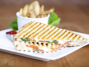 Chatpata Vegetable Cheese Sandwich
