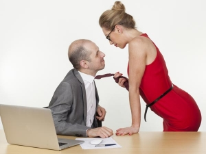 Boss And Employee Romance Tips