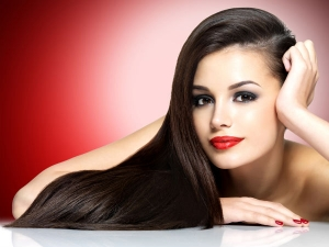Eight Simple Haircuts For Long Hair