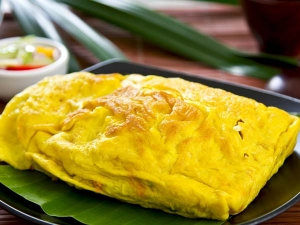 Egg White Oatmeal Omelette For Breakfast