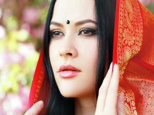 Why Indian Women Cover Their Head And Face