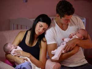 Tips For Mothers To Cope With Tiredness After Baby