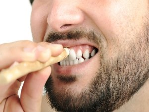 Have You Tried These Natural Toothpicks For Oral Health